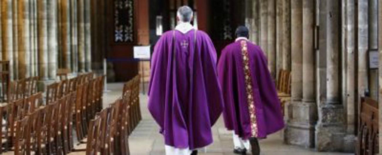 """Pedofilia, i sacerdoti australiani: """"Non denunceremo casi di abuso appresi nelle confessioni. Il segreto non si tocca"""""""