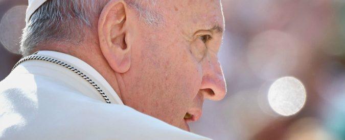 Caso Viganò, ora anche i sostenitori di Francesco vogliono chiarezza. Il Papa sapeva o no?