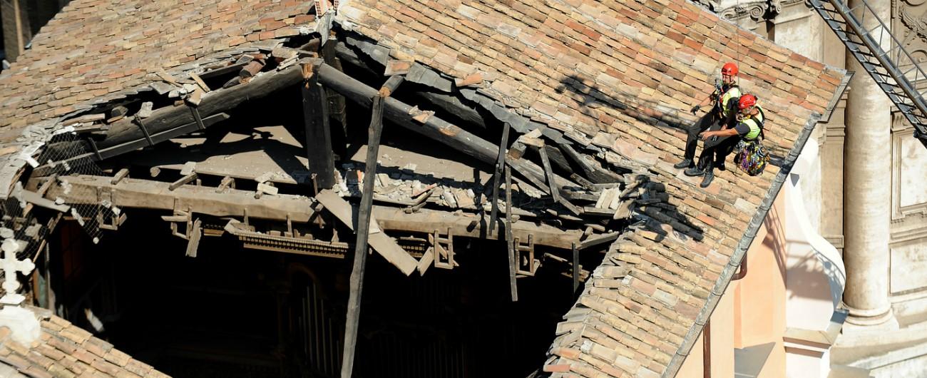 Crollo chiesa a Roma, la procura indaga per disastro colposo dopo il collasso del tetto di San Giuseppe dei Falegnami
