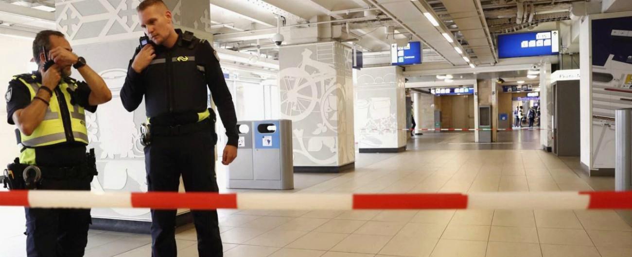 Amsterdam, accoltellamento in stazione: tre feriti. Fermato l'aggressore
