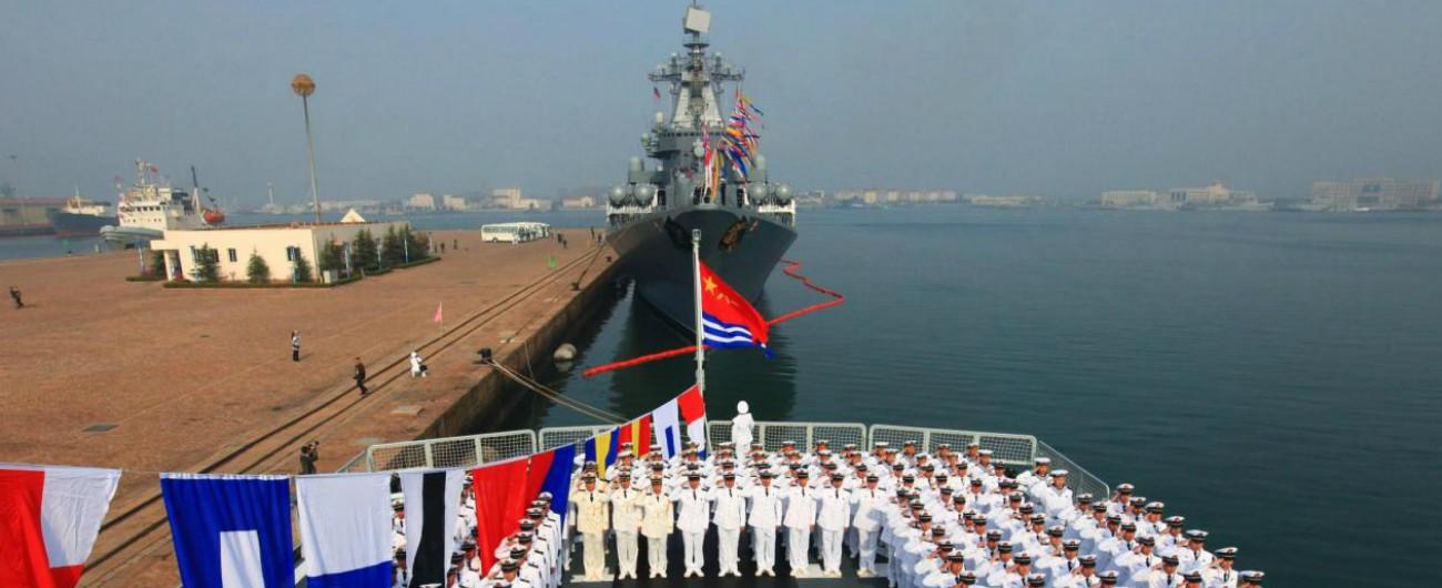 """Cina, la Marina di Pechino supera quella Usa per numero di navi. """"Ora è in grado di controllare tutti i suoi mari"""""""