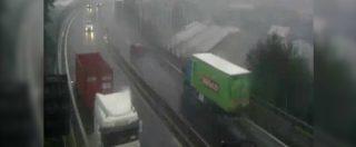 Ponte Morandi, il nuovo video di Autostrade per l'Italia: passa il camion Basko, un blackout e poi il crollo