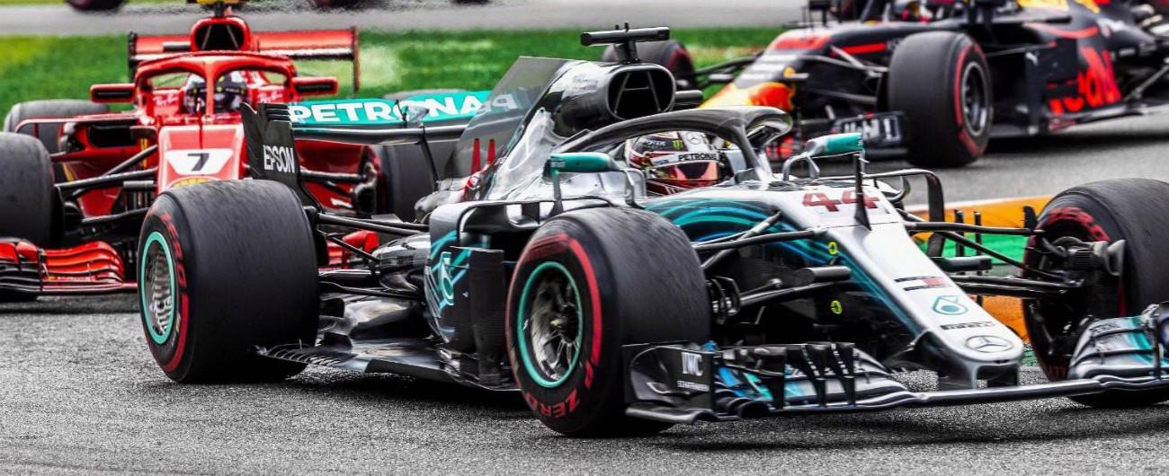 Formula 1, dominio Mercedes nel Gp di Russia: vince Hamilton, poi Bottas. Dietro le Ferrari di Vettel e Raikkonen