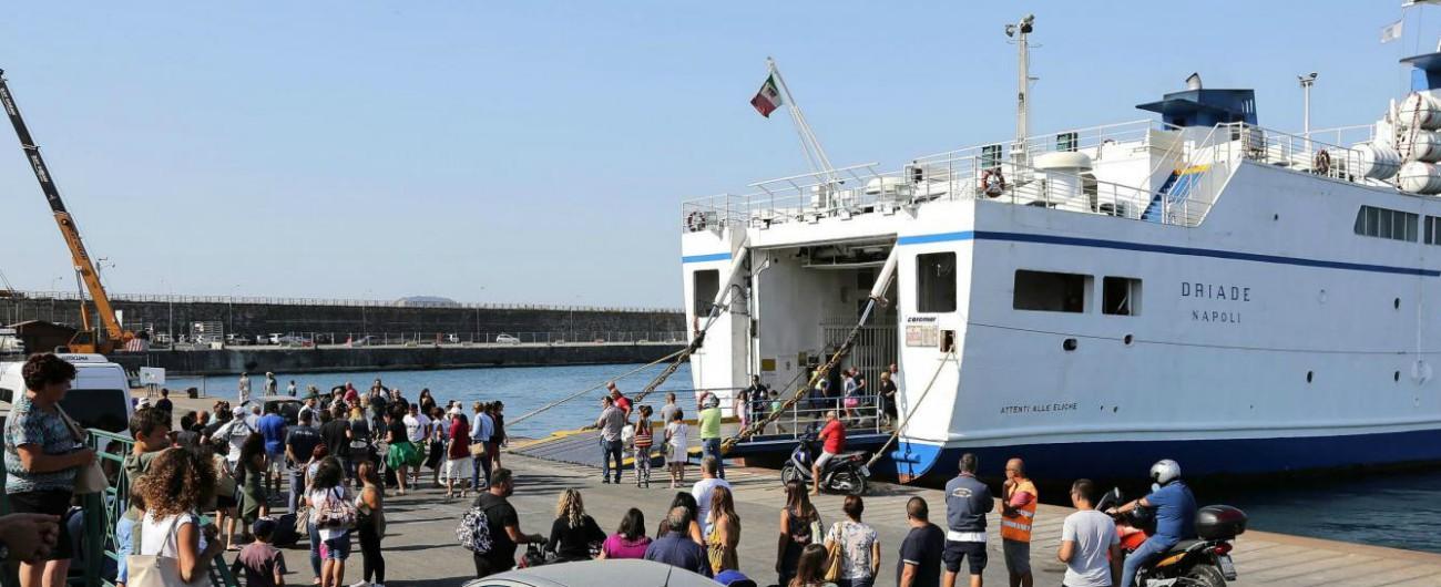 Grecia, sciopero del personale traghetti: migliaia di turisti a terra. E potrebbe durare alcuni giorni
