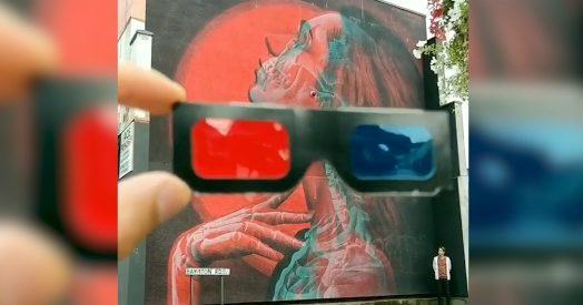 vendita a basso prezzo grandi affari 2017 design senza tempo Il murales con la ragazza di profilo è tridimensionale: l'effetto con gli  occhiali 3D è sorprendente
