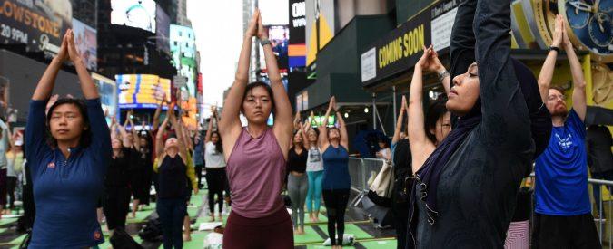 Yoga e life coaching, lasciare il posto fisso per abbandonare lo stress. C'è vita oltre le multinazionali