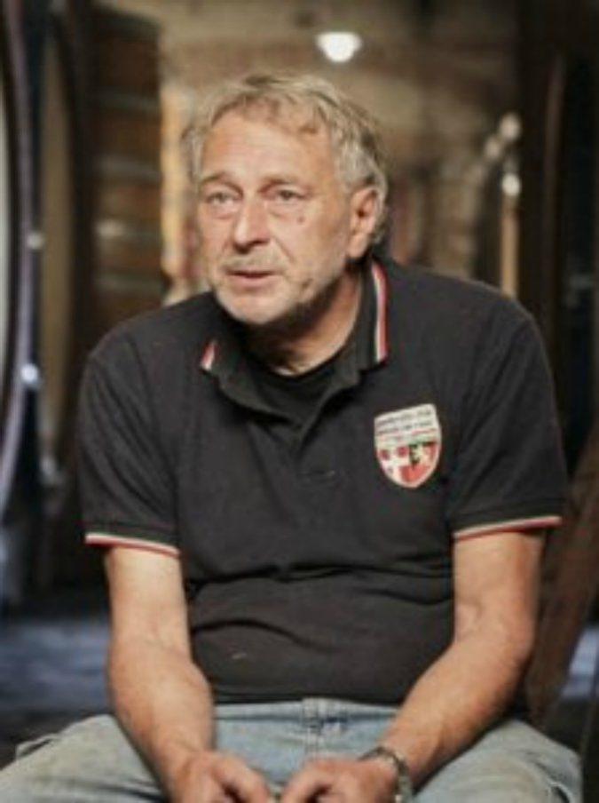 """Beppe Rinaldi morto, lutto nel mondo del vino: addio a """"Citrico"""", uno dei produttori di Barolo più amati"""
