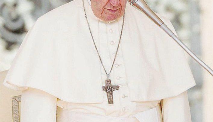 Vaticano, un dossier sul vescovo Farrell: ha convissuto per anni col cardinale dello scandalo McCarrick
