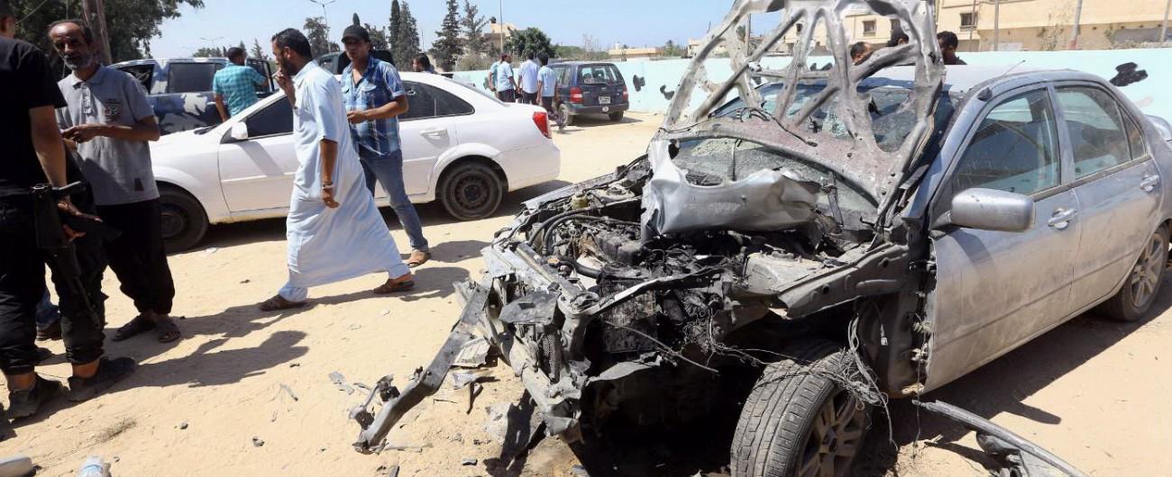 Libia, Onu: 'C'è intesa su cessate il fuoco' Almeno 60 le vittime nei combattimenti. Reuters: '1.800 migranti in fuga da centri'