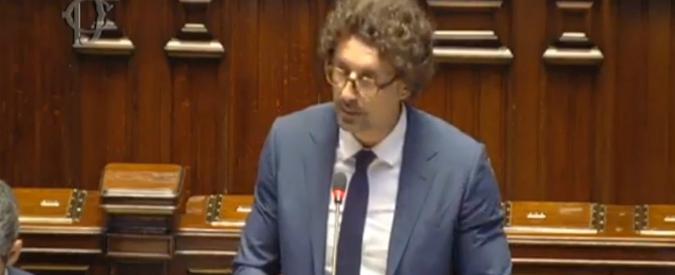 """Ponte Morandi, Toninelli: """"Aiscat smentisce le pressioni perché convenzioni restassero segrete? Ecco le lettere"""""""