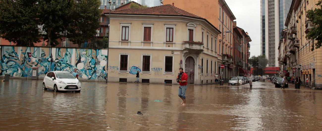 Milano, esondazione fiume Seveso del 2014: 8 indagati. Ci sono anche Formigoni e gli ex sindaci Pisapia e Moratti