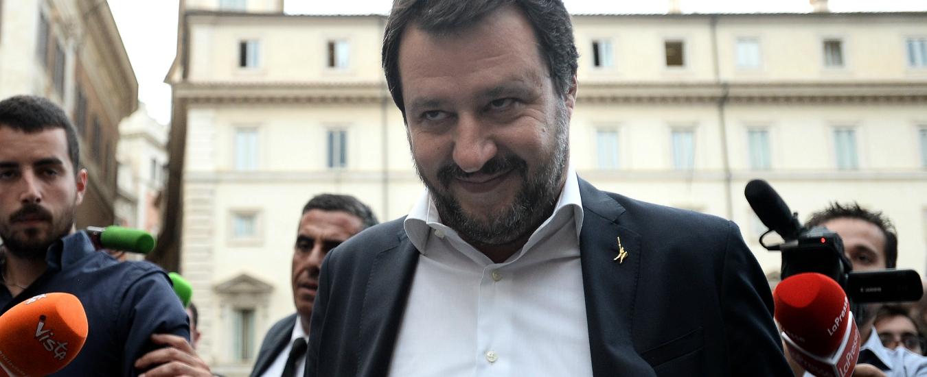 Napoli, affacciarsi al balcone è un rischio. Se i camorristi fossero migranti Salvini interverrebbe?