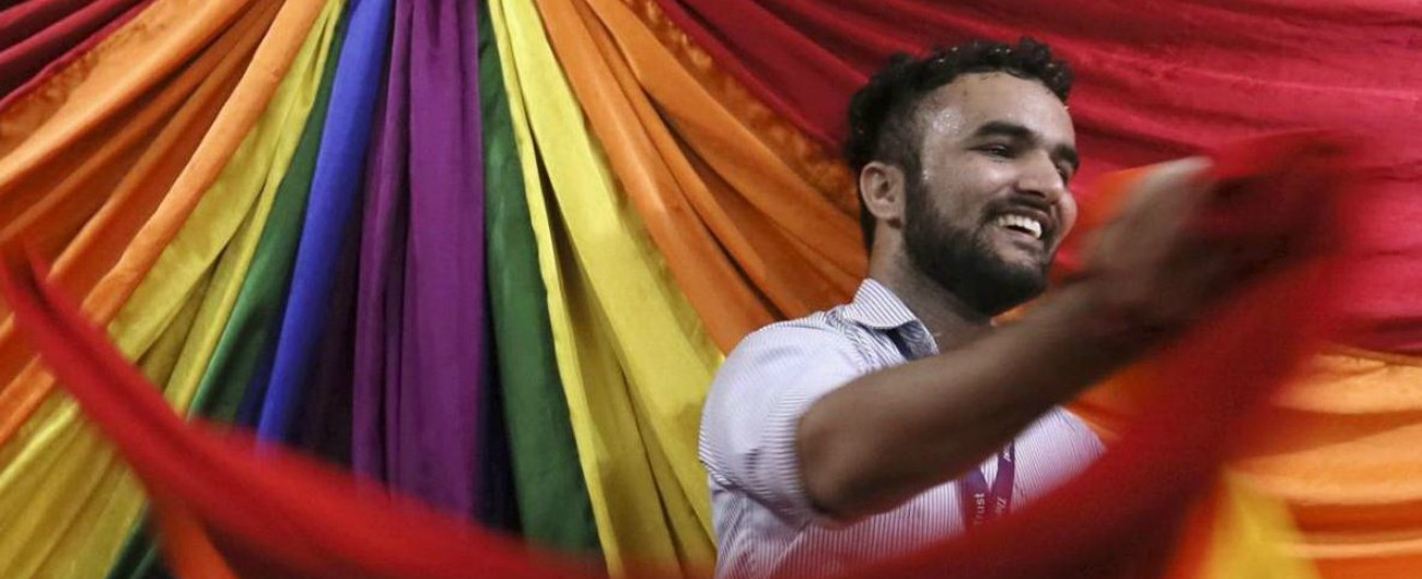 Risultati immagini per india gay