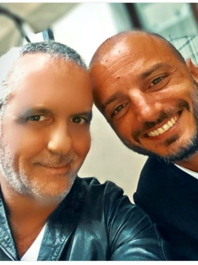 """Nicolas Vaporidis è irriconoscibile: """"Ma come è invecchiato, sembra mio nonno!"""" scrive Panariello su Twitter"""