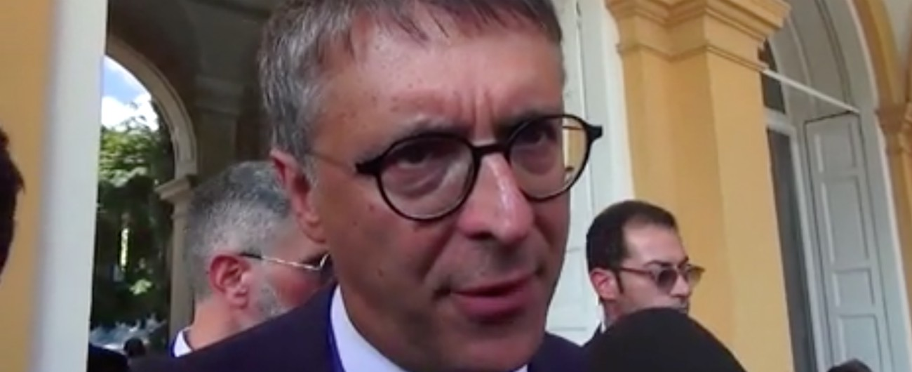 """Raffaele Cantone smentisce le dimissioni: """"Ho presentato domanda per guidare tre procure, ma non lascio l'Anac"""""""