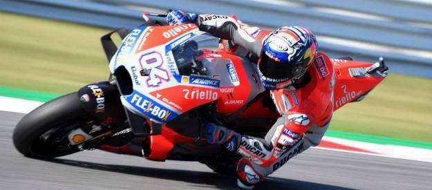 MotoGp, a Misano trionfa Dovizioso. Podio Marquez e Crutchlow, Lorenzo a terra nel finale. Valentino Rossi settimo