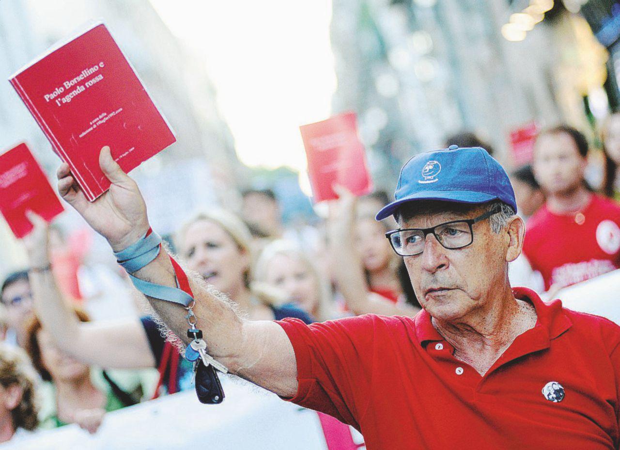 In Edicola sul Fatto del 10 settembre – Appello al Csm: Salvatore Borsellino scrive al vicepresidente Legnini