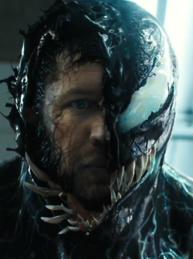 """Venom, Tom Hardy è """"l'eroe riluttante"""". Il più amato dei nemici di Spider-Man arriva al cinema"""