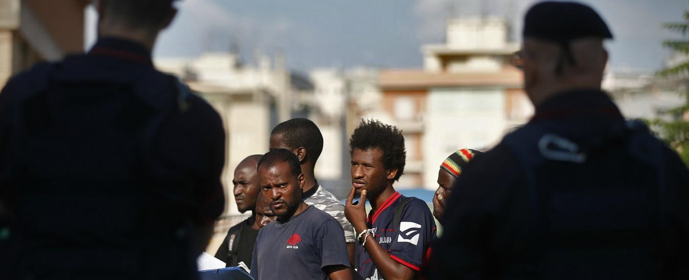 """Nave Diciotti, altri 48 migranti fermati su pullman diretto a Ventimiglia. Baobab: """"Li accompagnavamo alla Croce Rossa"""""""