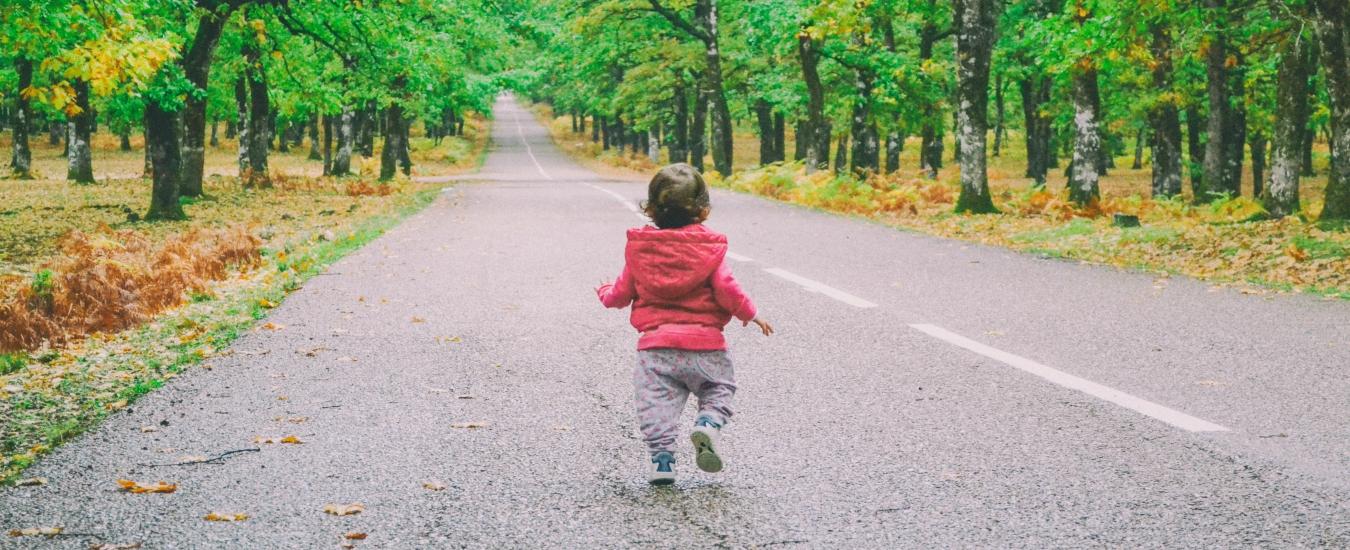 Figli: lasciateli respirare, cammineranno meglio