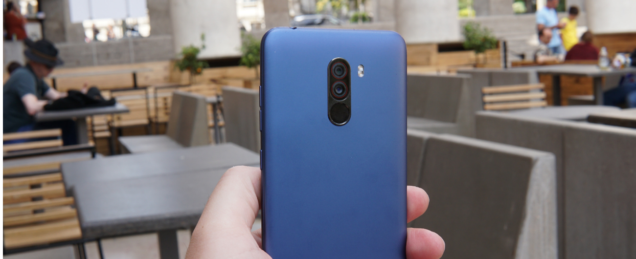 Recensione Xiaomi PocoPhone F1, lo smartphone con specifiche tecniche al top. Costa 329 euro