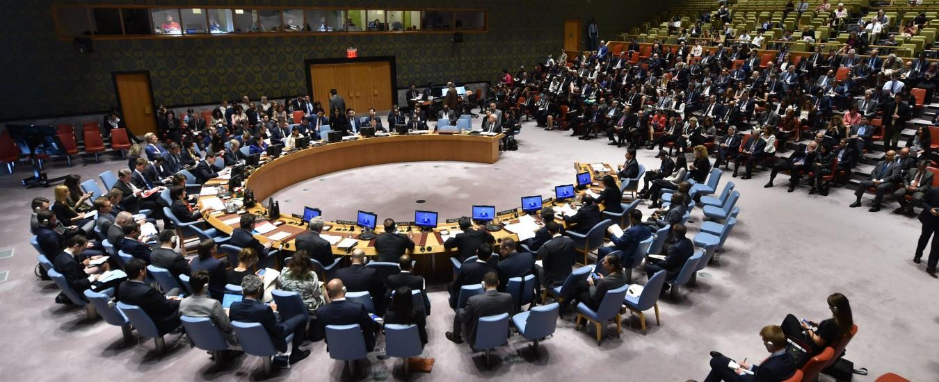 """Libia, l'Onu dice """"no"""" a Macron: """"Nessun voto prima del 2019"""". La Francia non ci sta: """"Lavoriamo per il 10 dicembre"""""""