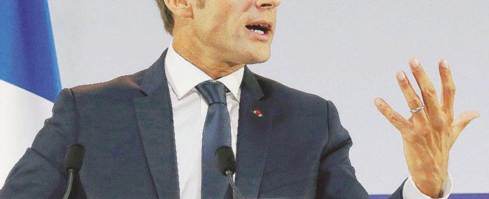 Ora Macron scopre la povertà e spera in sondaggi positivi