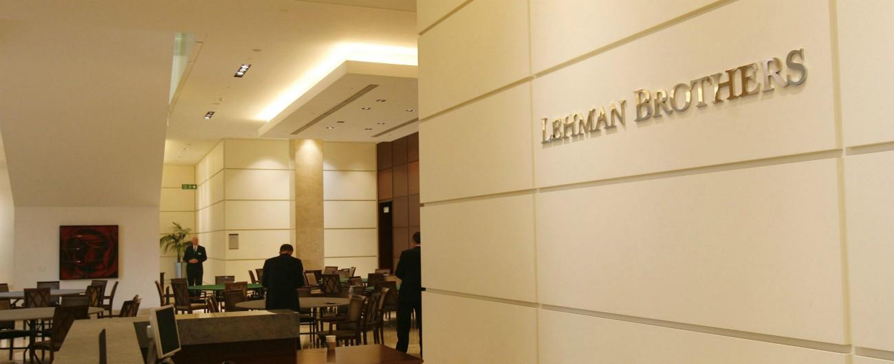 Lehman, quando il mondo si è svegliato dal sogno americano di alimentare con i prestiti il potere d'acquisto delle famiglie