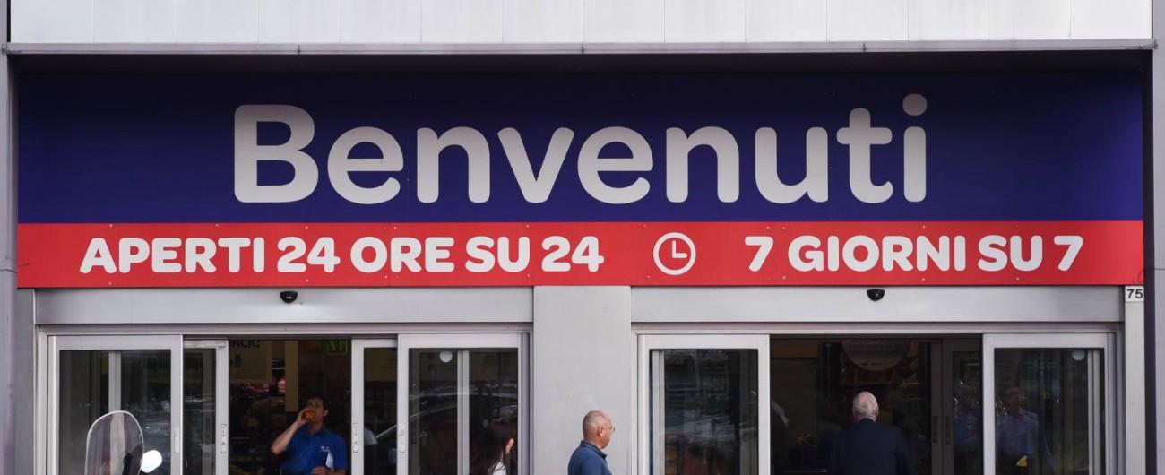 """Carrefour, il piano 2019-2022 prevede 590 esuberi in Italia. Sindacato: """"Sbagliato e contraddittorio ridurre gli organici"""""""