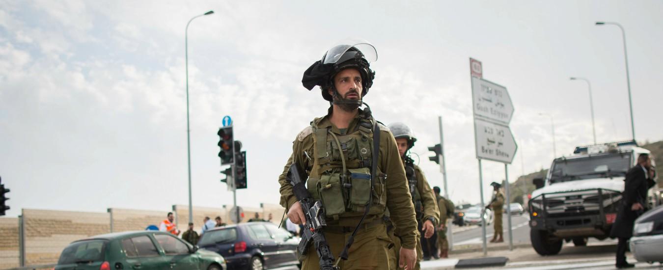 Palestina, israeliano accoltellato nell'insediamento di Gush Etzion. L'esercito di Tel Aviv: è un attentato
