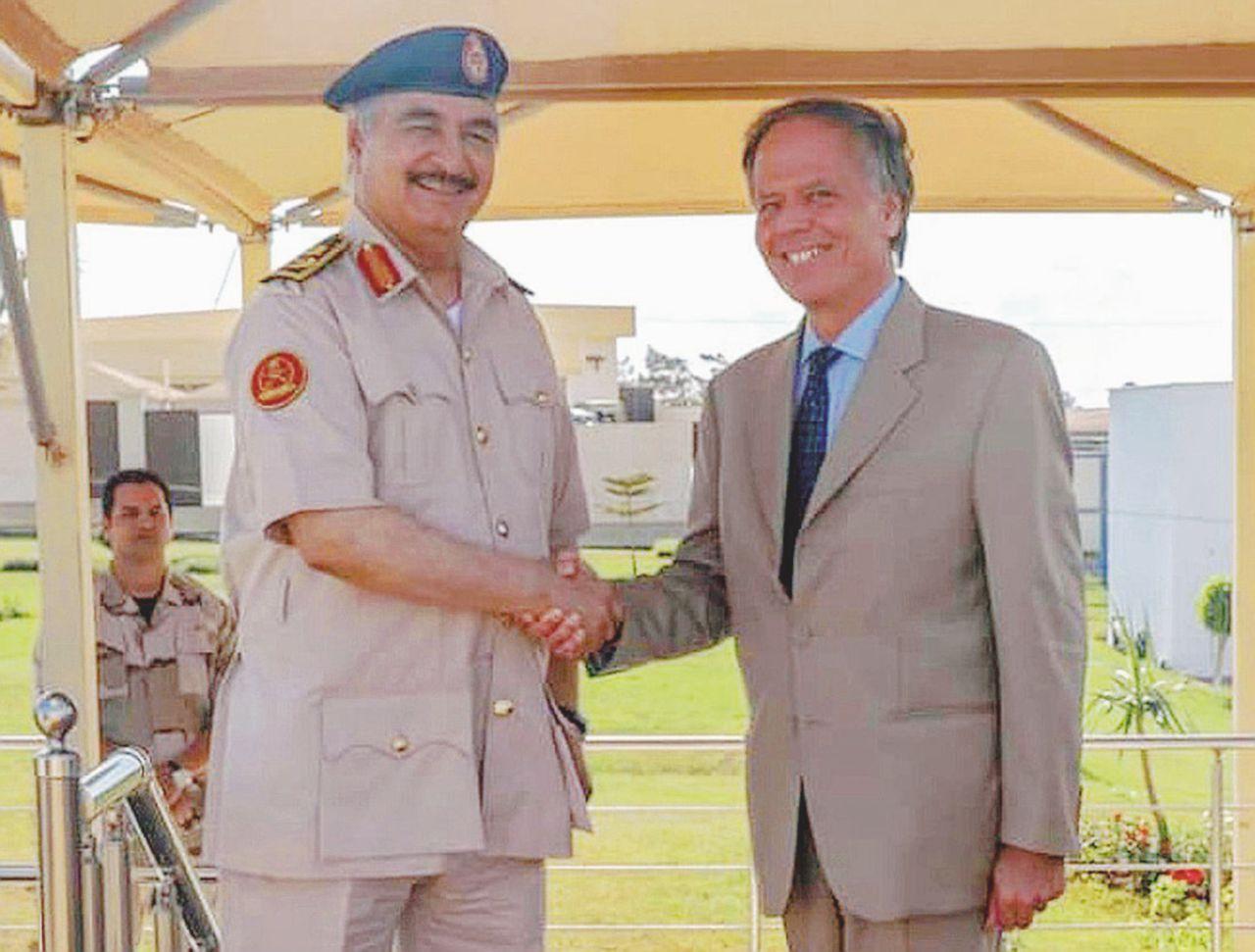 L'intelligence e l'ambasciata: doppio vuoto italiano in Libia