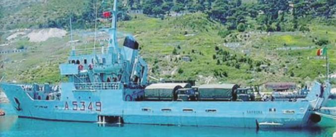 """Nave Caprera, """"5 militari indagati"""" per i 7 quintali di sigarette di contrabbando a bordo trovati dopo una missione in Libia"""