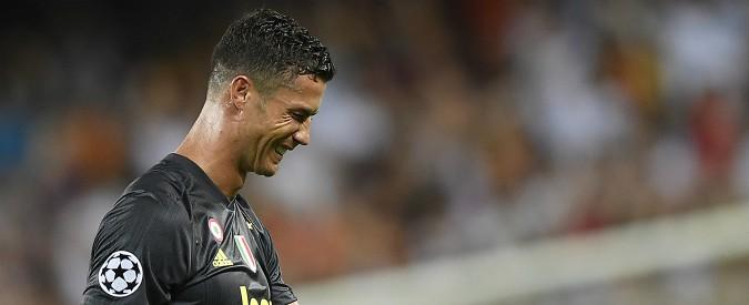 Valencia-Juventus, i bianconeri vincono ma Ronaldo si prende il rosso dopo 30 minuti. E partono gli sfottò social