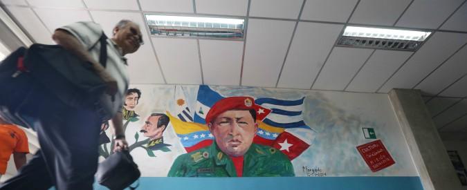 Venezuela, è fuga dalle scuole a causa di fame ed emigrazione. Nel 2017, calo del 40% di studenti negli istituti privati