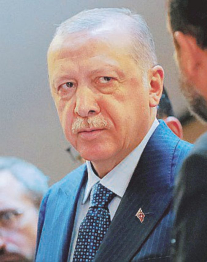 Una retata anti golpe e la crisi se ne va