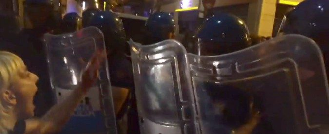 Bari, l'aggressione agli antirazzisti non può andare impunita