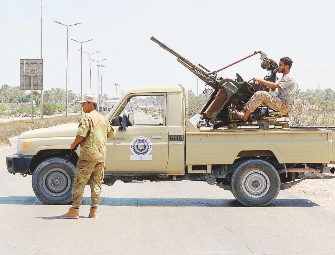 Tra faide, morti e black-out. Tripoli sprofonda da sola