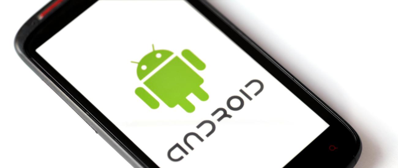 10 anni di Android, il sistema operativo che ha reso lo smartphone accessibile a tutti