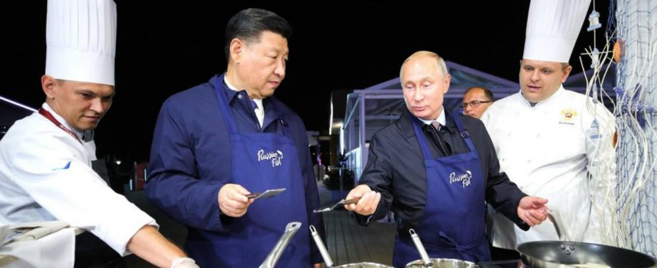 """Russia, le mosse di Putin per prendersi l'Est del mondo: il """"pivot to Asia"""" di Obama ora diventa un obiettivo di Mosca"""