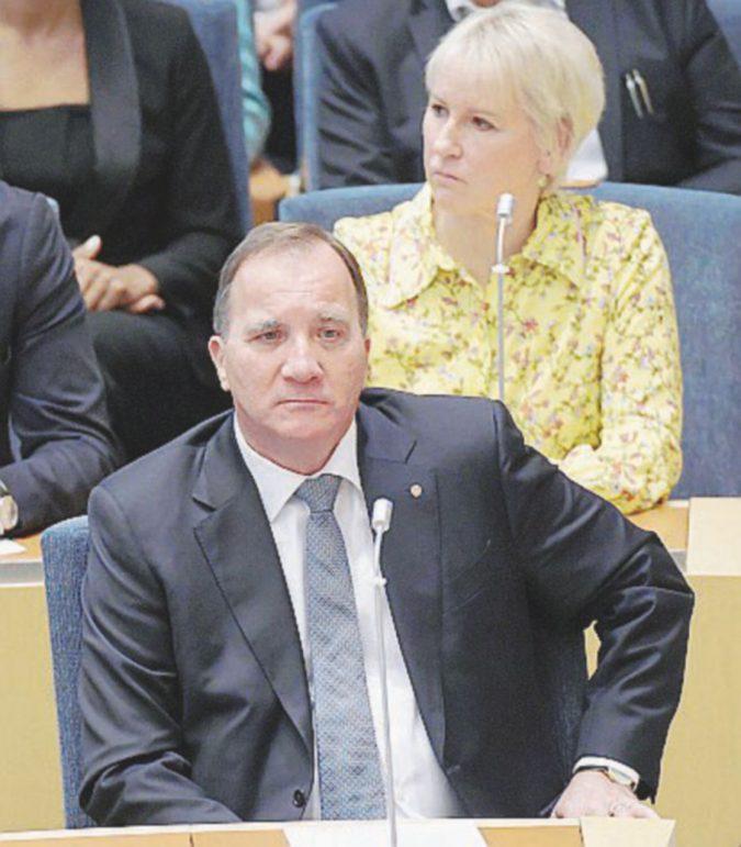 La vendetta degli xenofobi: governo kaputt