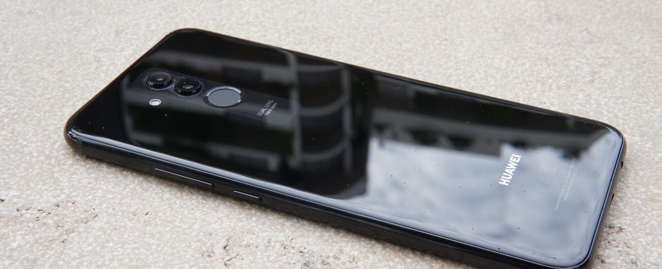 Schemi Elettrici Huawei : Recensione huawei mate 20 lite: lo smartphone per chi ama i selfie e