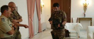 """Il sottosegretario alla Difesa Tofalo (M5s) in mimetica e col mitra: """"Come un militare per capire cosa si provi"""""""