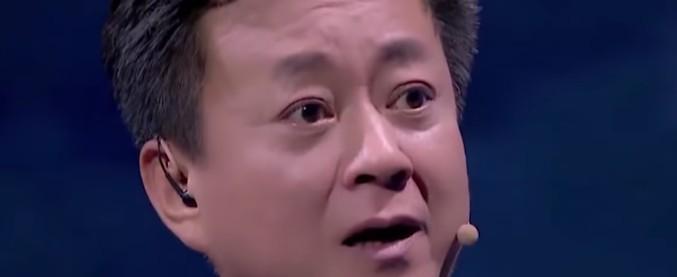 """Cina, #Metoo arriva in tribunale: """"Il conduttore tv mi ha molestata"""". Ma sul banco degli imputati va la vittima"""
