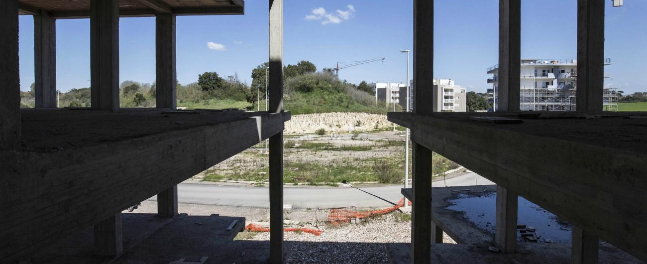 """Lazio, per costruire nelle aree protette basterà silenzio-assenso della Regione. Verdi: """"Preludio alla cementificazione"""""""