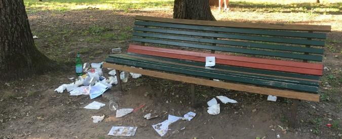 """Legambiente, 23mila rifiuti raccolti in 71 parchi italiani: """"Tre ogni metro quadrato. Il 37% sono mozziconi di sigaretta"""""""