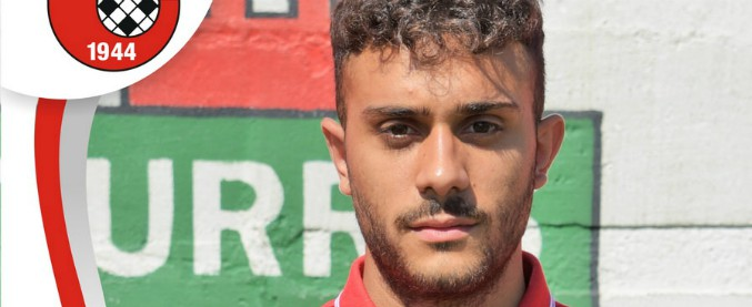 """Napoli, accoltellato e ucciso un calciatore 21enne figlio di un camorrista. Omicida: """"Avevamo litigato giorni prima"""""""
