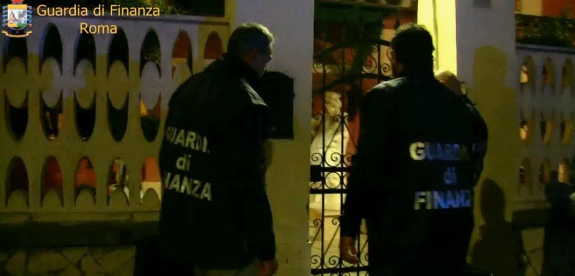 Clan Spada: sequestrati beni alla famiglia per 19 milioni di euro. C'è anche la palestra di Roberto, fratello del boss