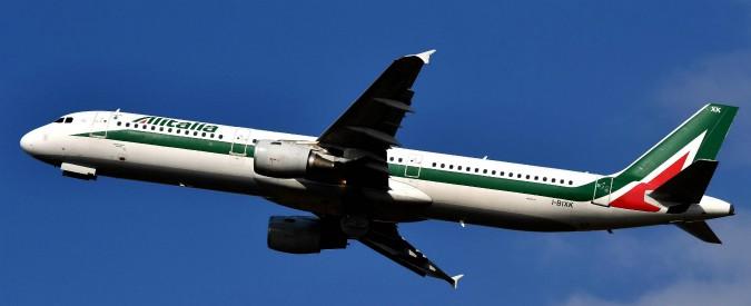 Alitalia, lo Stato tornerà a gestire la compagnia. Ma per chiudere salvataggio manca un socio: rispunta Atlantia