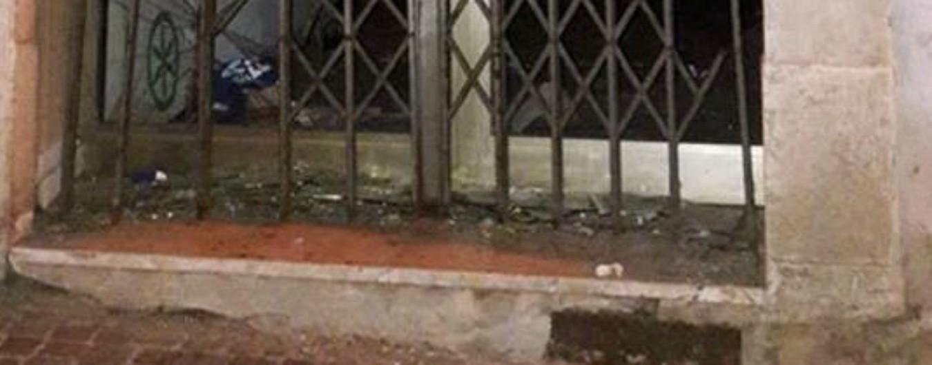 """Trento: bomba carta esplode davanti a sede della Lega dove oggi va Salvini. """"Identificati i due responsabili"""""""
