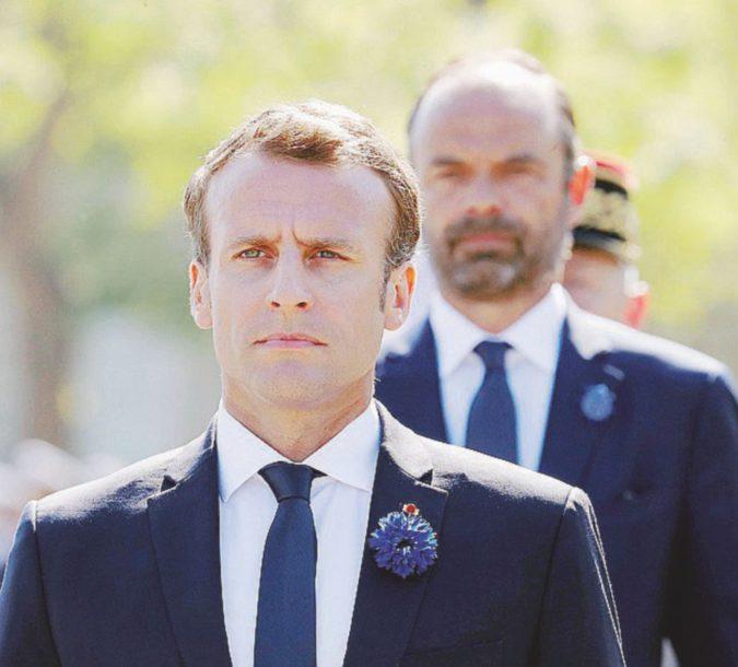 "Altro che En Marche, ora Macron è ""en panne"""